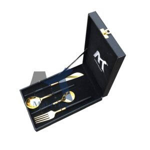 Maverics 4 Pieces Classic Design Royal Flatware Cutlery Set, Polished Classique (Contains Desert: 1 Knife, 1 Tea Table Spoons, 1 Forks, 1 Soup Spoons) (Black & Gold)